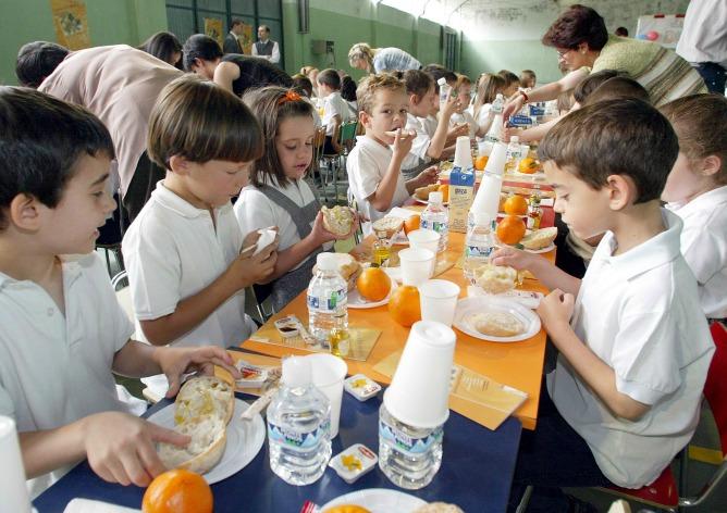 Algunos comedores escolares de Valladolid se abrirán durante el verano.